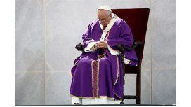 El Papa se unió al dolor de las familias de la tragedia aérea de los Alpes