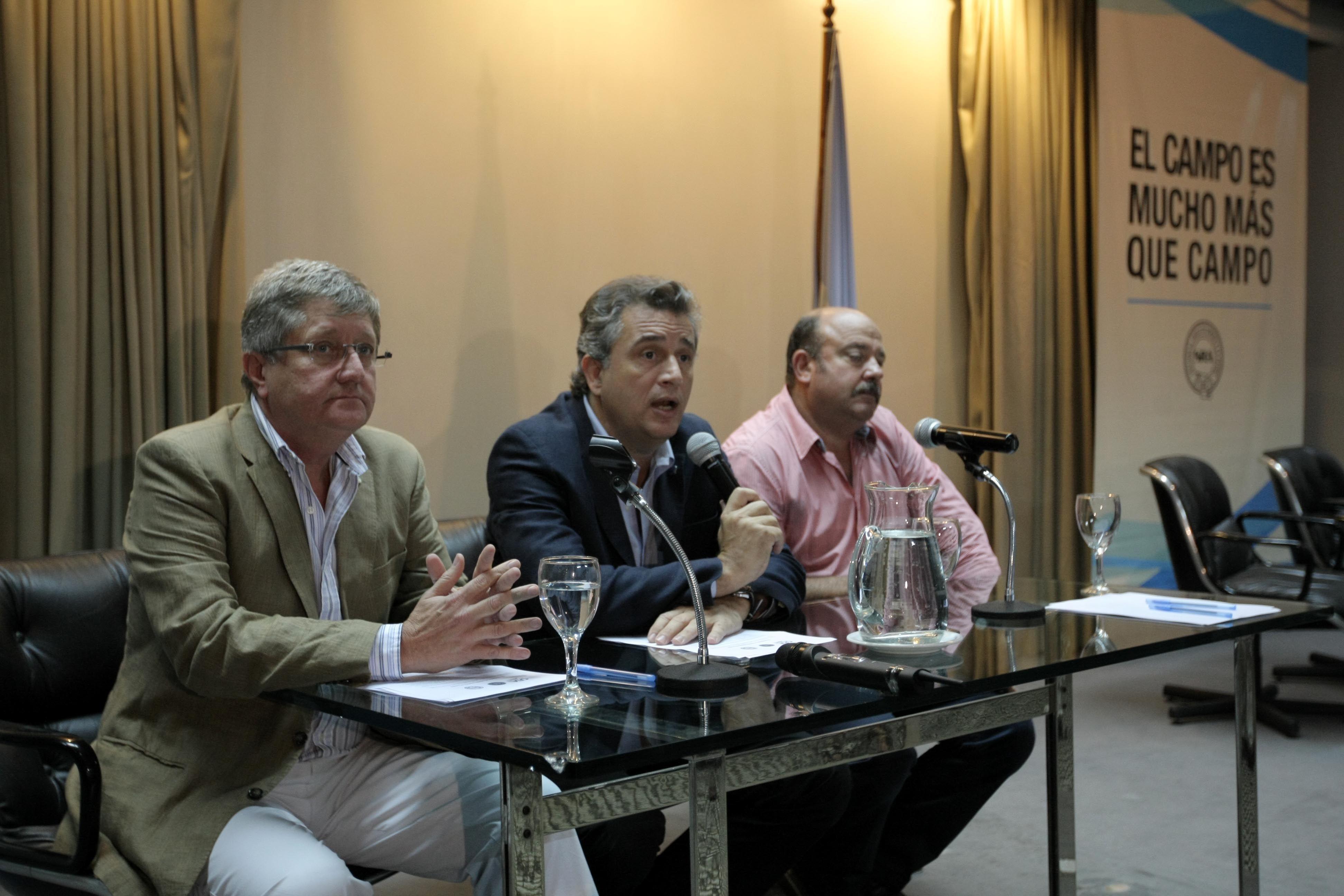 Mesa de Enlace: El campo está agonizando por políticas erróneas del Gobierno
