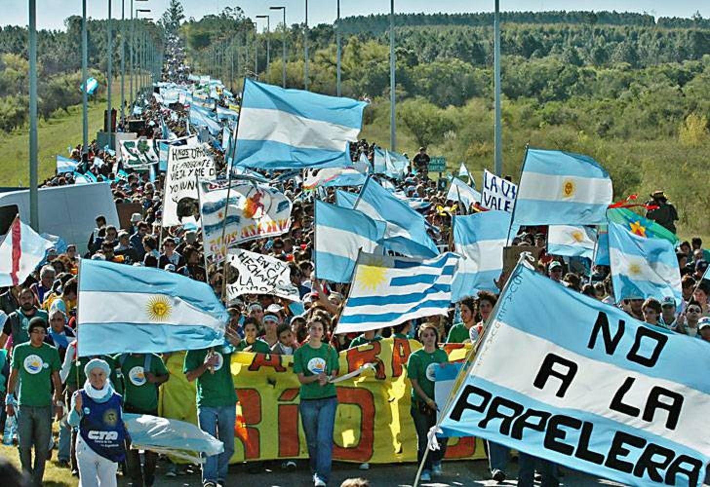 Los asambleístas de Gualeguaychú volverán a protestar contra la ex Botnia
