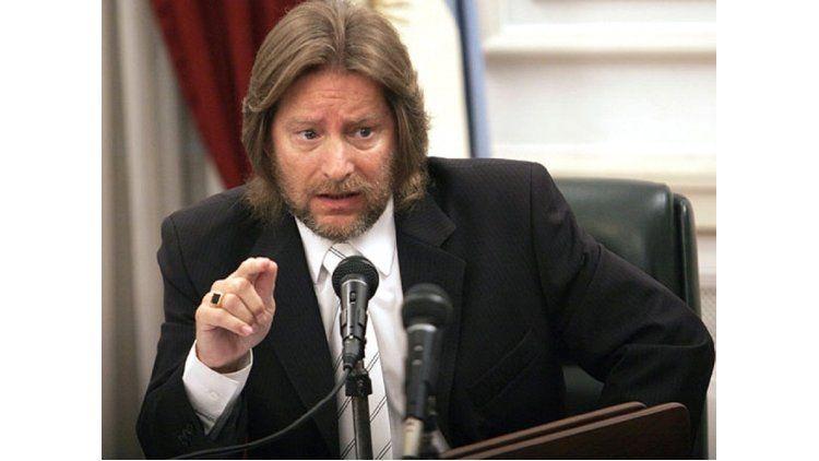 El ex magistrado dijo que renunció bajo presión