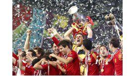 Lo echaron por festejar la Eurocopa