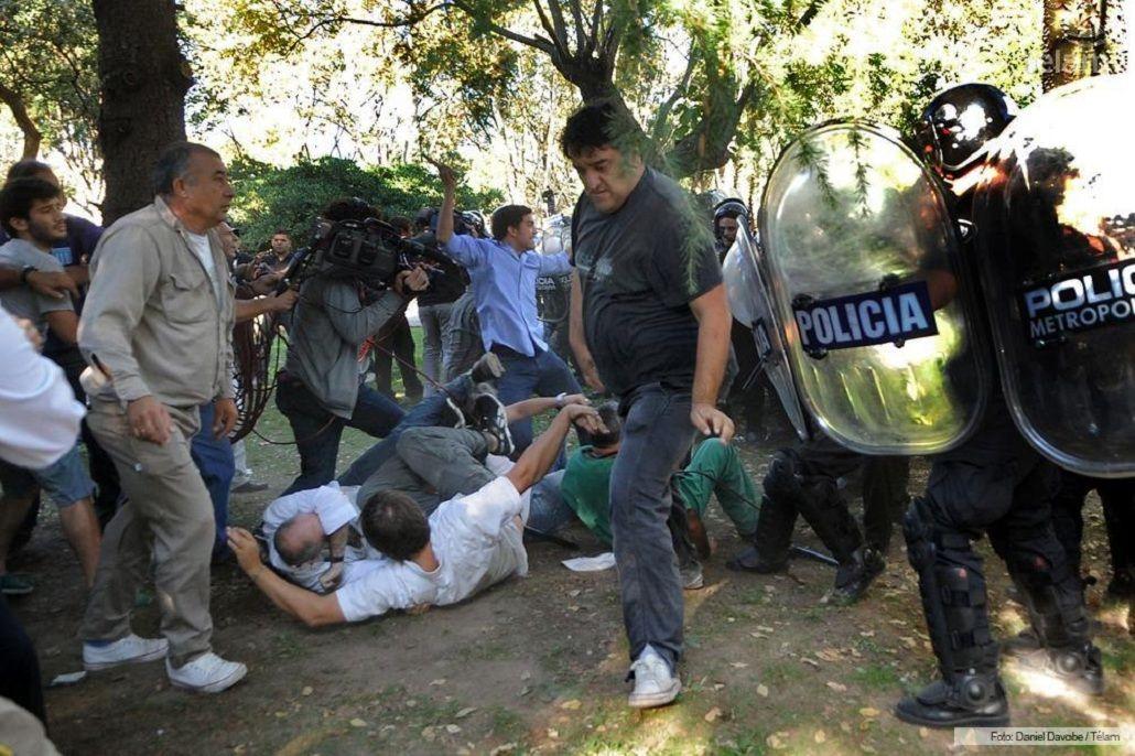 Macri fue sobreseído en la causa por los incidentes en el hospital Borda