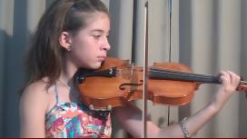 Con 11 años, toca Spinetta y Beethoven