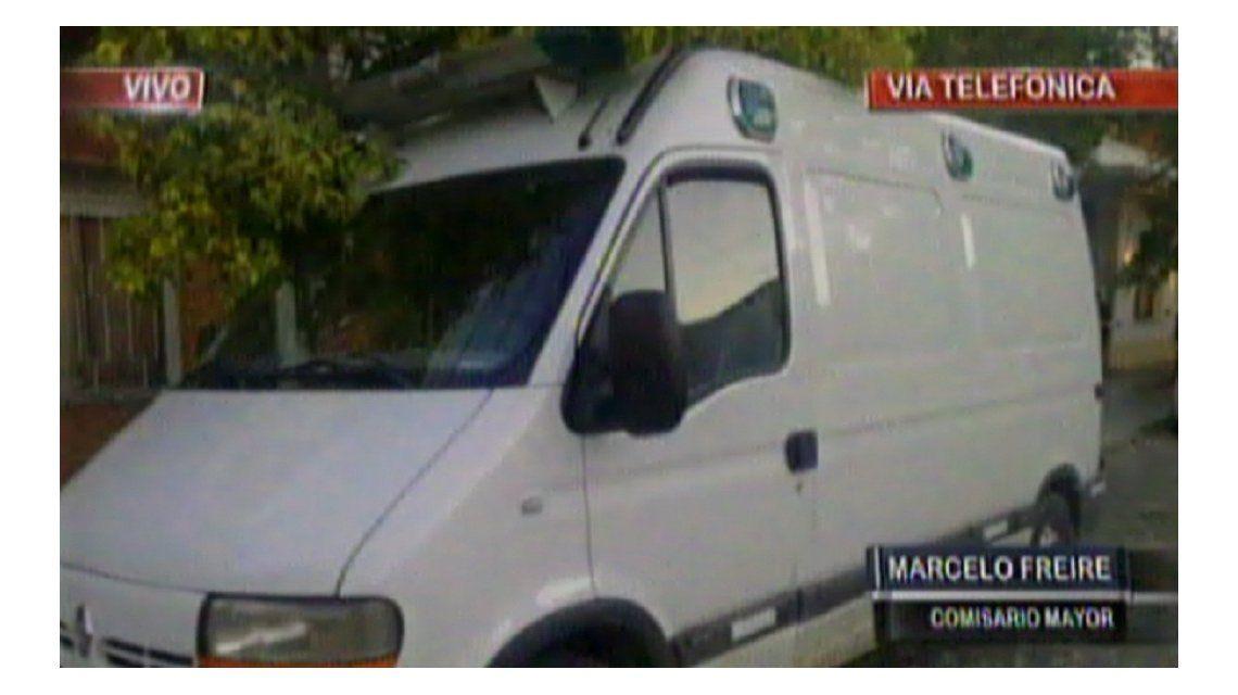 Robaron una ambulancia y atropellaron a una embarazada en Lomas de Zamora