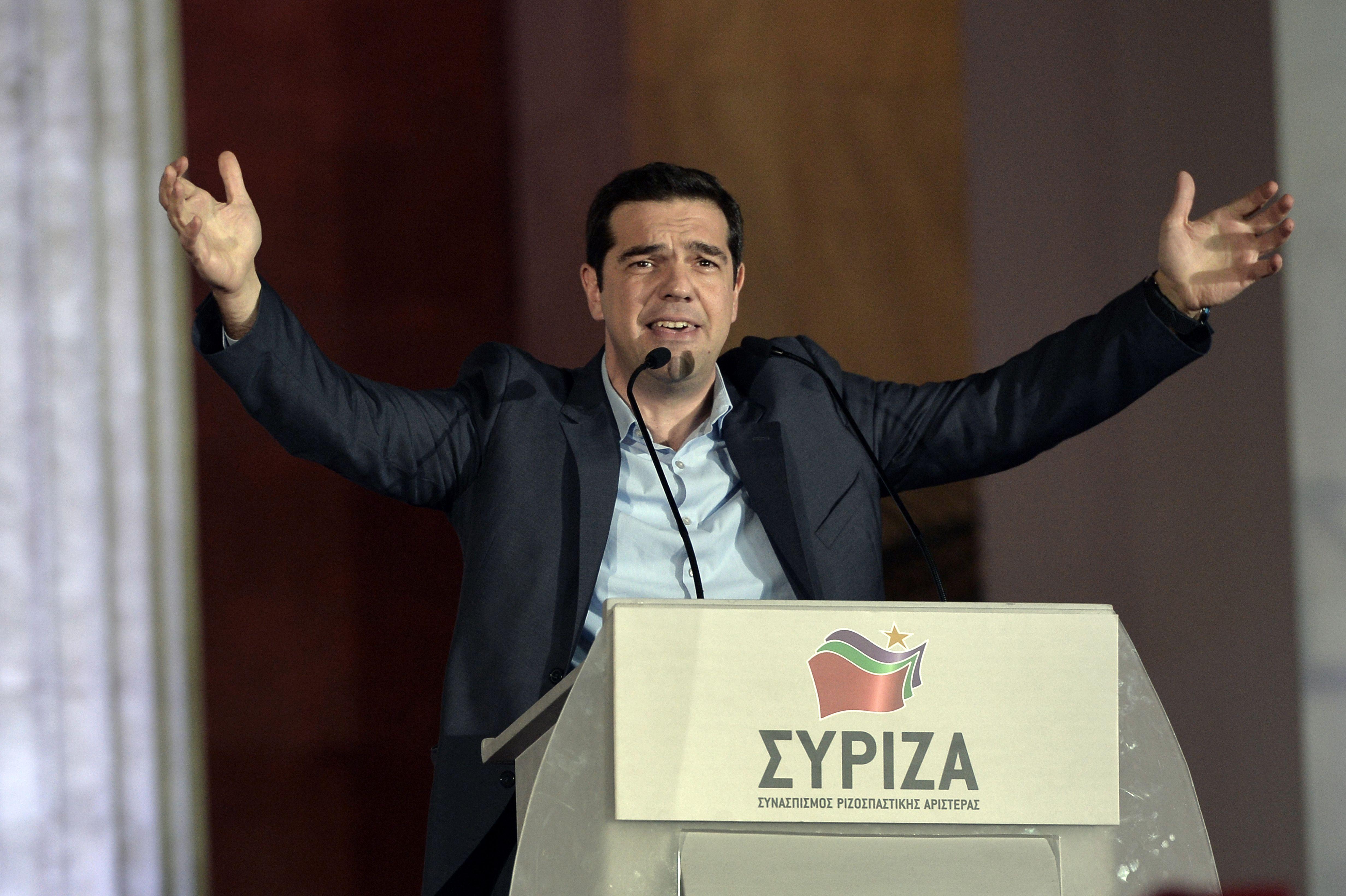 Grecia logró que el Eurogrupo la financie por cuatro meses más