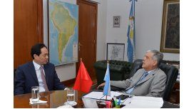 De Vido delineó detalles de la visita de CFK a China con el embajador de ese país