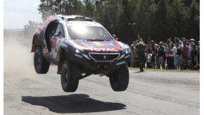 Peterhansel correrá en autos para Peugeot