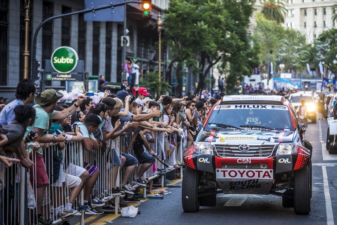 El equipo Toyota OIL C5N, listo para seguir con la aventura