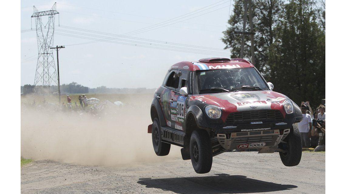 Dakar 2015: Orly Terranova se recuperó y ganó la tercera etapa de autos