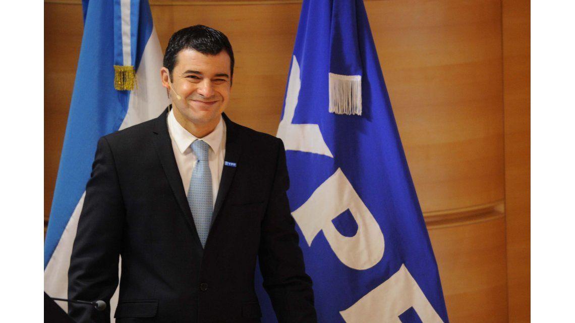 Galuccio seguirá al frente de YPF, al menos hasta abril de 2016