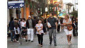 Nueve de cada diez argentinos se siente de clase media o media baja