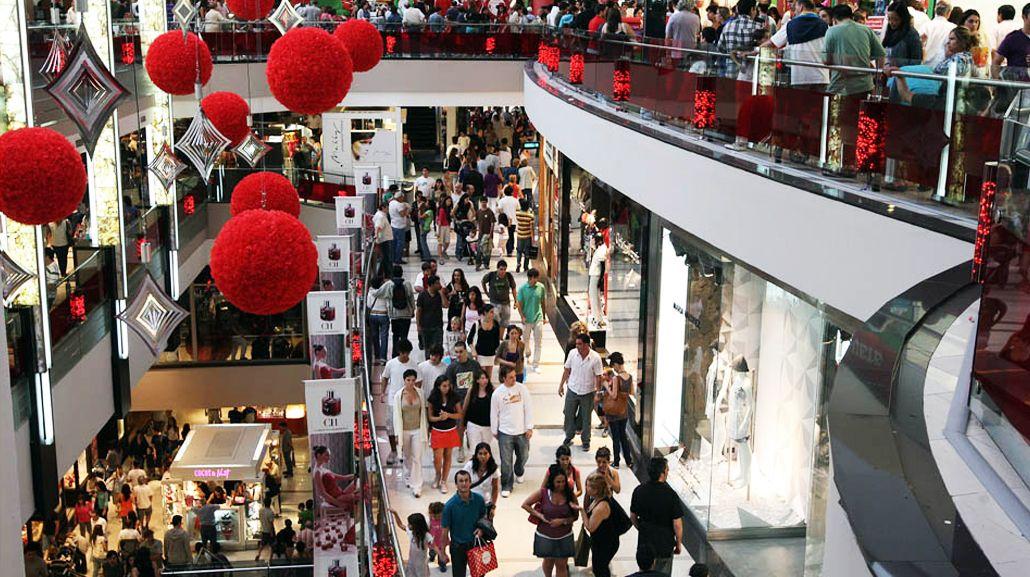 La fabricación de prendas cayó más del 11% pero los precios subieron 35%