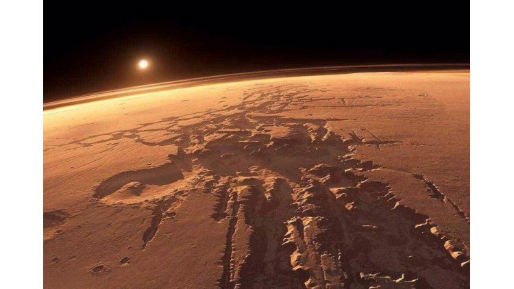 Curiosity encontró un extraño meteorito en Marte