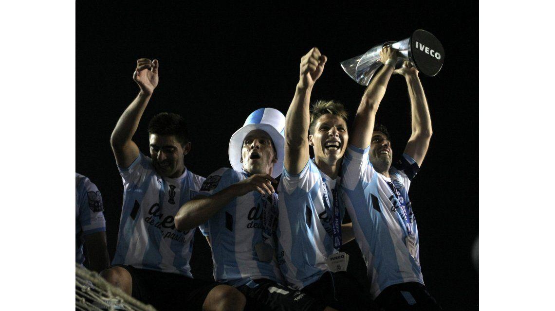Racing sueña con Lisandro López y Maxi Moralez para ir en busca de la Libertadores