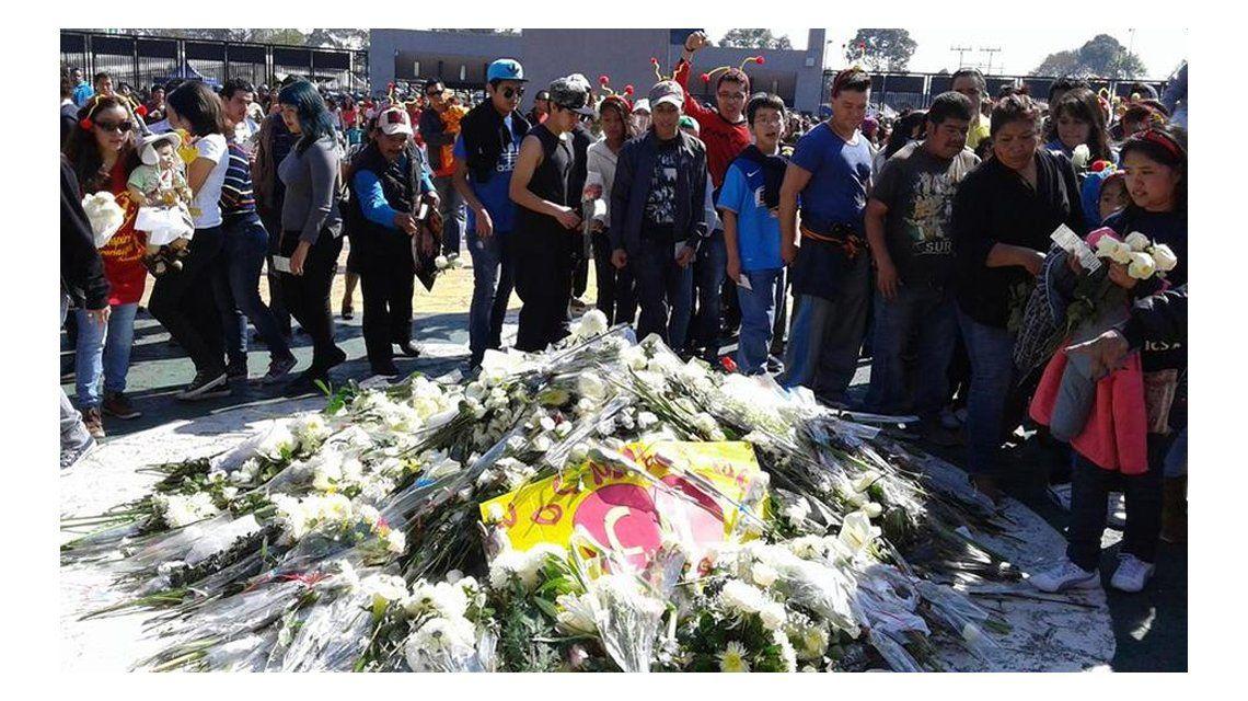 El último adiós: México despidió a Chespirito en el Estadio Azteca
