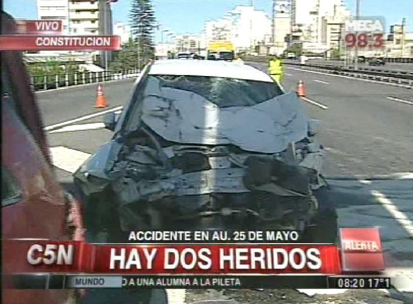 Choque en la Autopista 25 de Mayo: hay dos heridos, uno es un policía federal