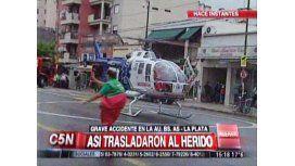 Helicóptero bajó en avenida para trasladar a herido