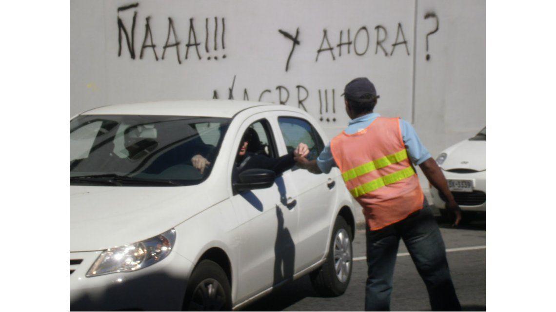 El FpV porteño presentó un proyecto para terminar con la mafia de los trapitos