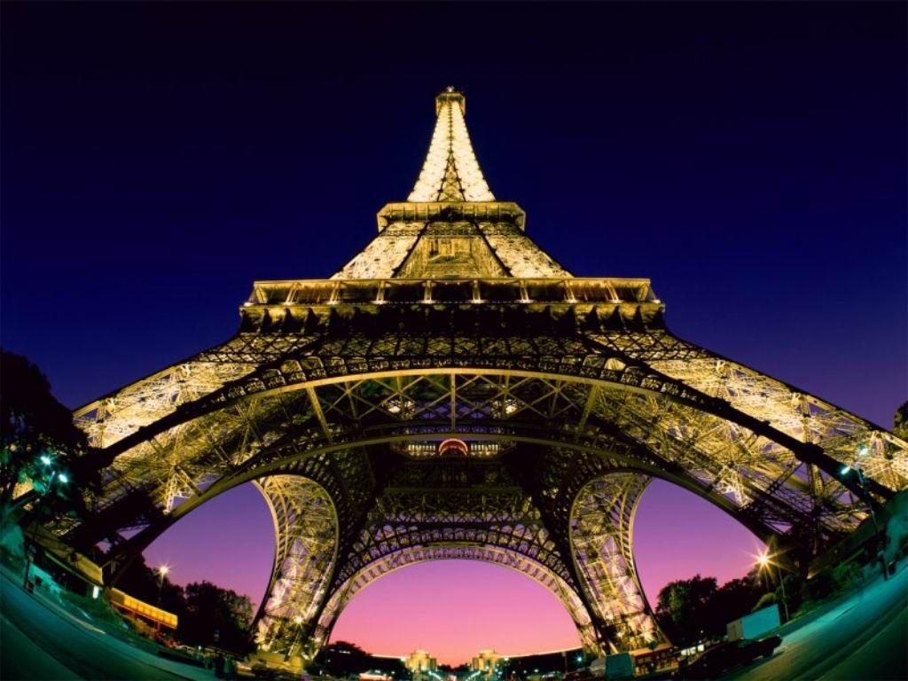 Insólito: podrían multar a los turistas que compartan fotos de la Torre Eiffel