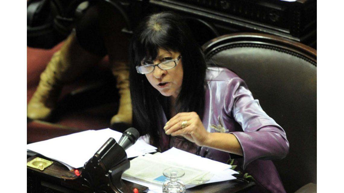 Conti, sobre Macri: Se siente débil y no quiere estar con una líder política como Cristina