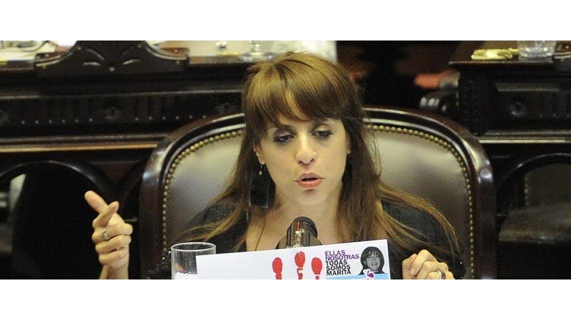 Victoria Donda: Un diputado me dijo con esa remerita no te quejes si te dicen cosas por la calle