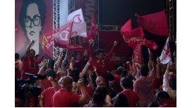 Rousseff logró la reelección con el 51