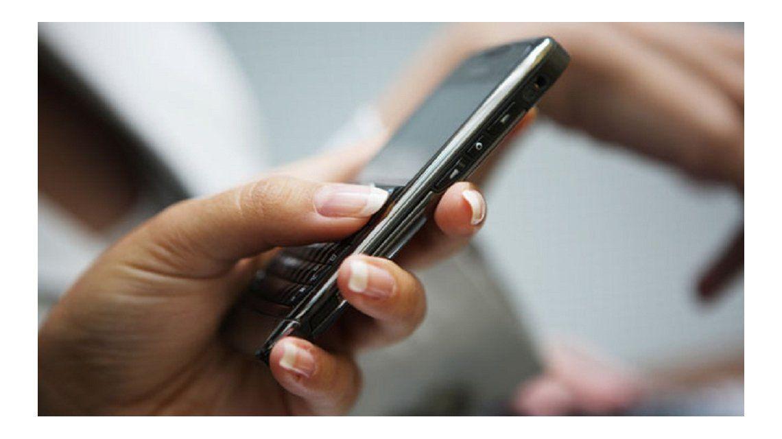 Convocan a un boicot a empresas de telefonía celular por suba de tarifas