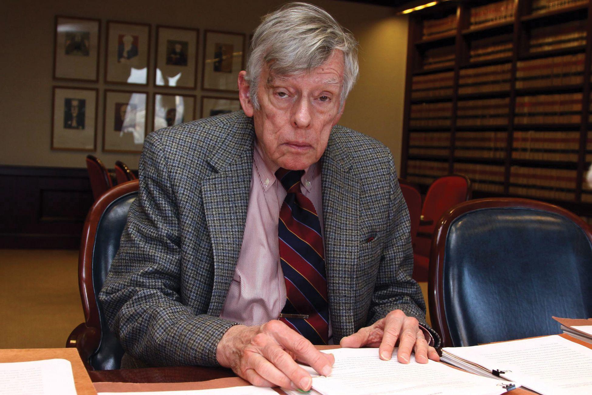 Griesa dio más tiempo a los fondos buitre para responder al pedido de la Argentina