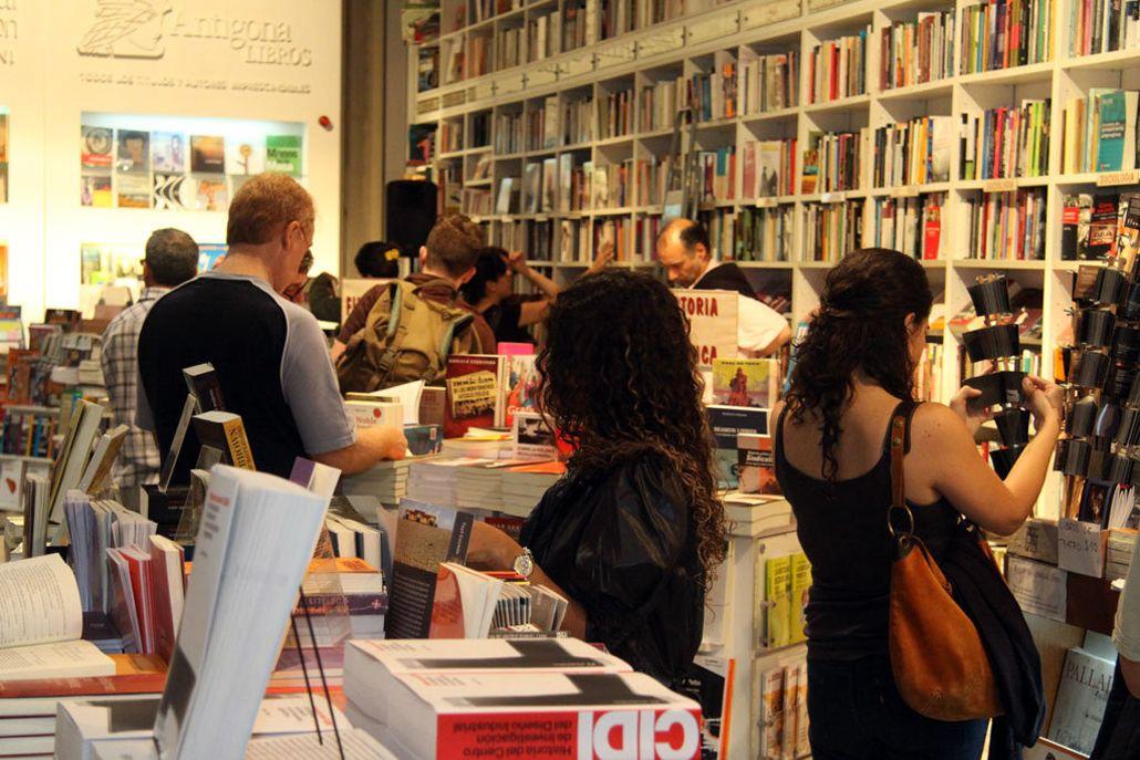Levantan las restricciones para importar libros