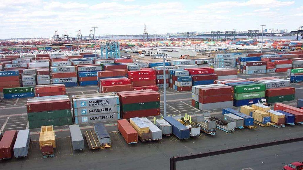 Advierten que las importaciones de bienes de consumo crecieron 22,5%