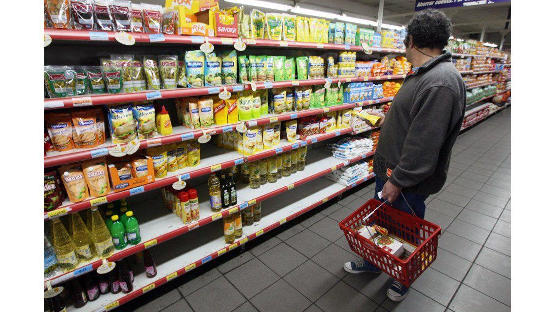 Se derrumba la confianza de los consumidores: 9,7 por ciento menos en febrero