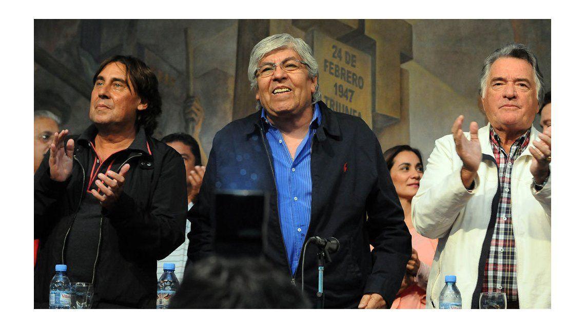 La CGT y la CTA se organizan para salir a la calle si Macri veta la ley antidespidos