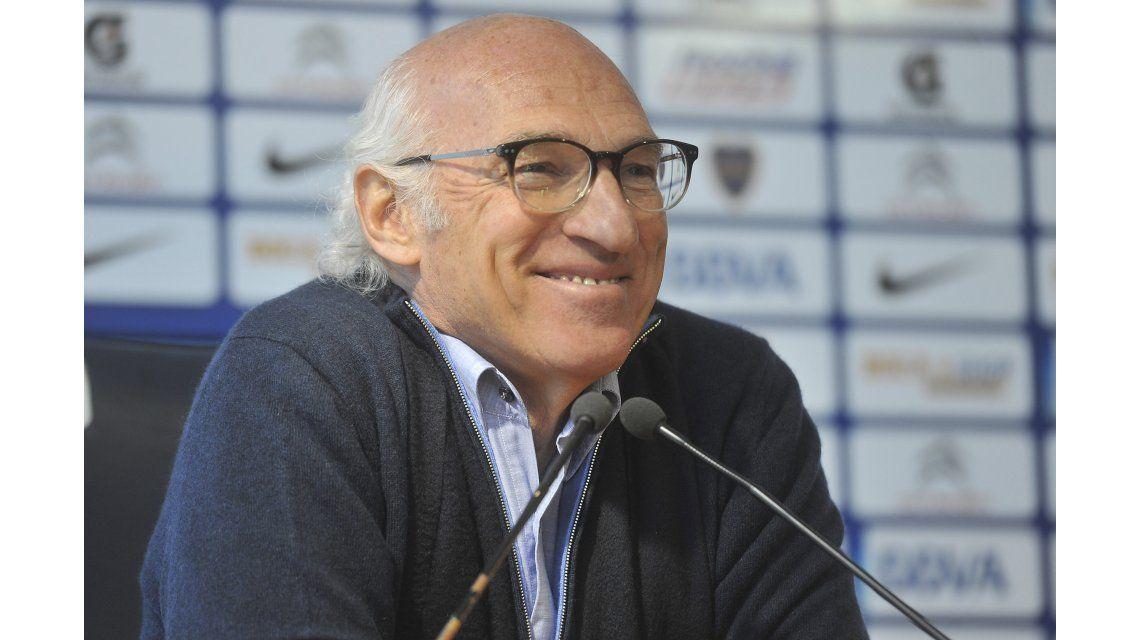 Guiño para Armando Pérez: Bianchi se postula para dirigir la Selección