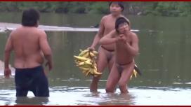Mirá el primer contacto de una tribu indígena del Amazonas
