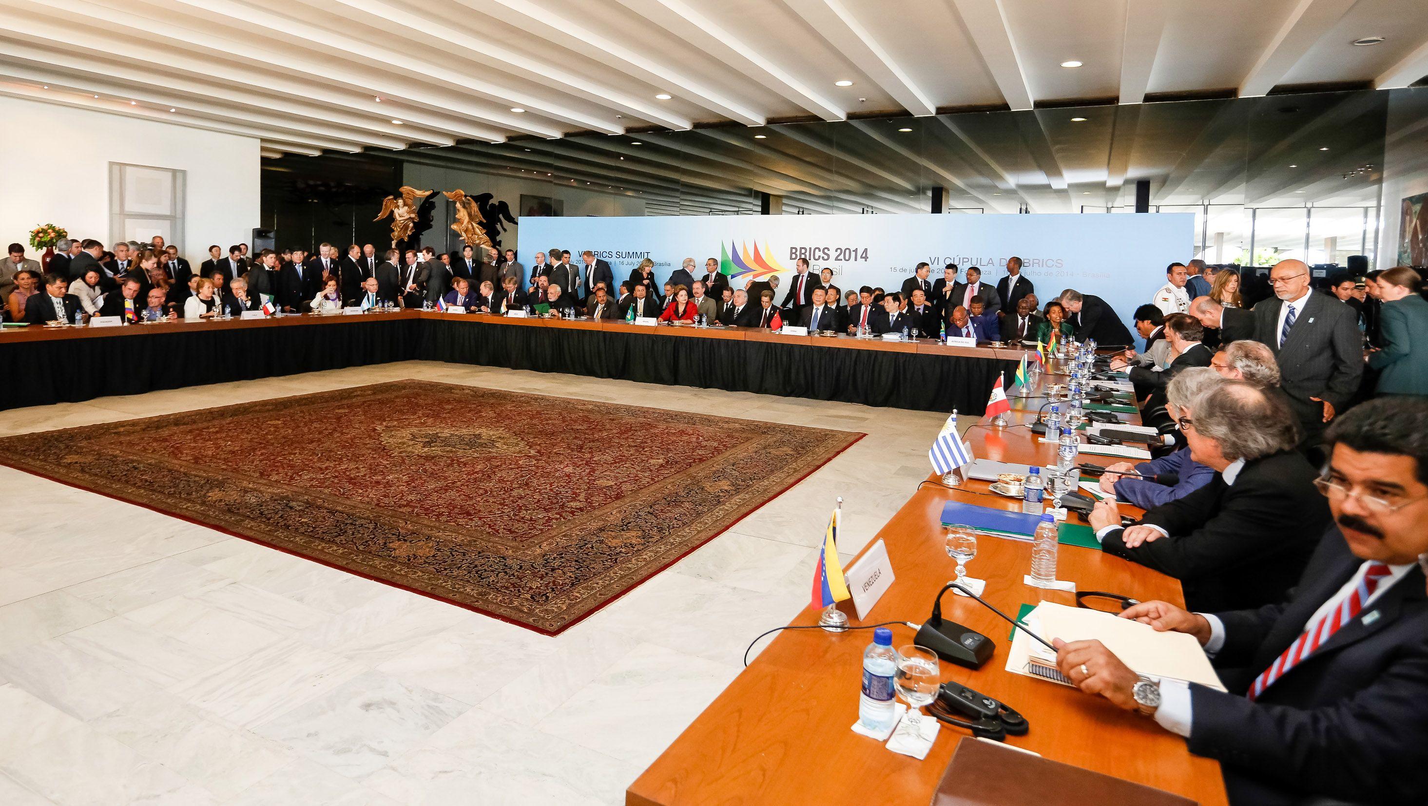 CFK aseguró que obtuvo pleno apoyo de Unasur y BRICS contra los buitres