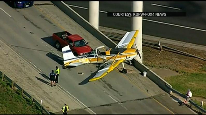 Insólito: aterrizó su avioneta en una autopista durante la hora pico