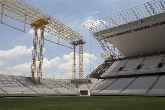 Murió un obrero en el estadio de la inauguración del Mundial