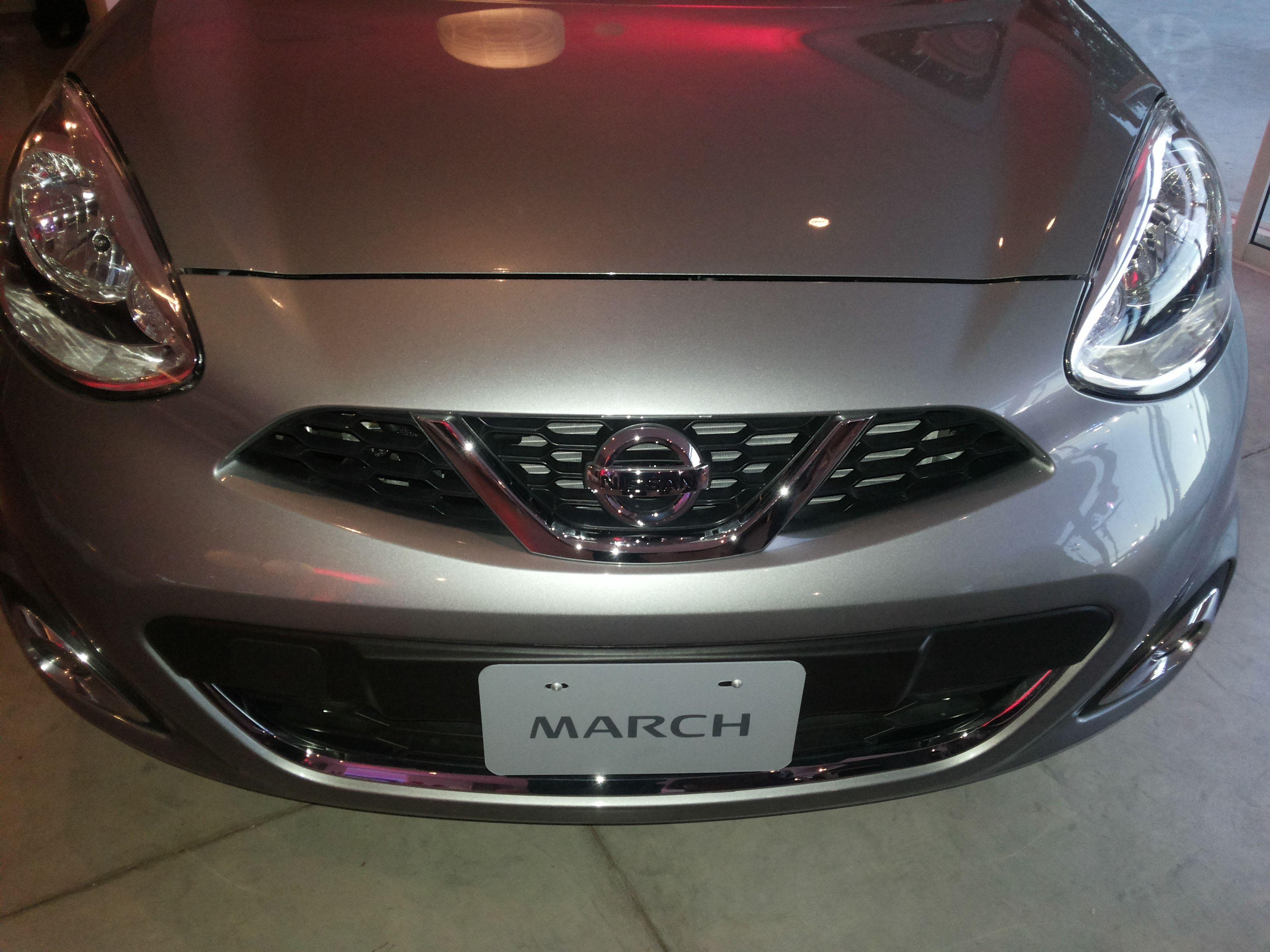 Un Nissan March más equipado