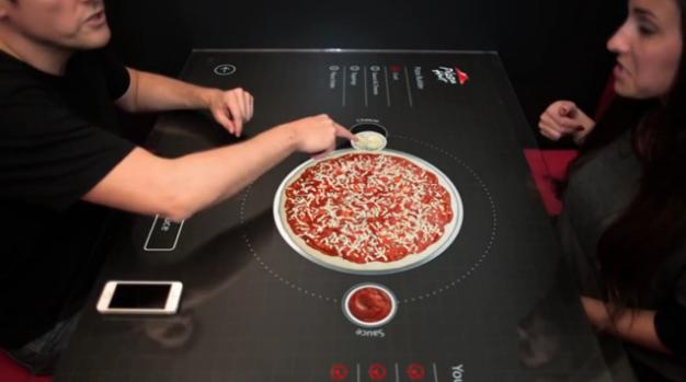¿Un futuro sin mozos? Podés hacer tu pedido de pizza desde una pantalla táctil
