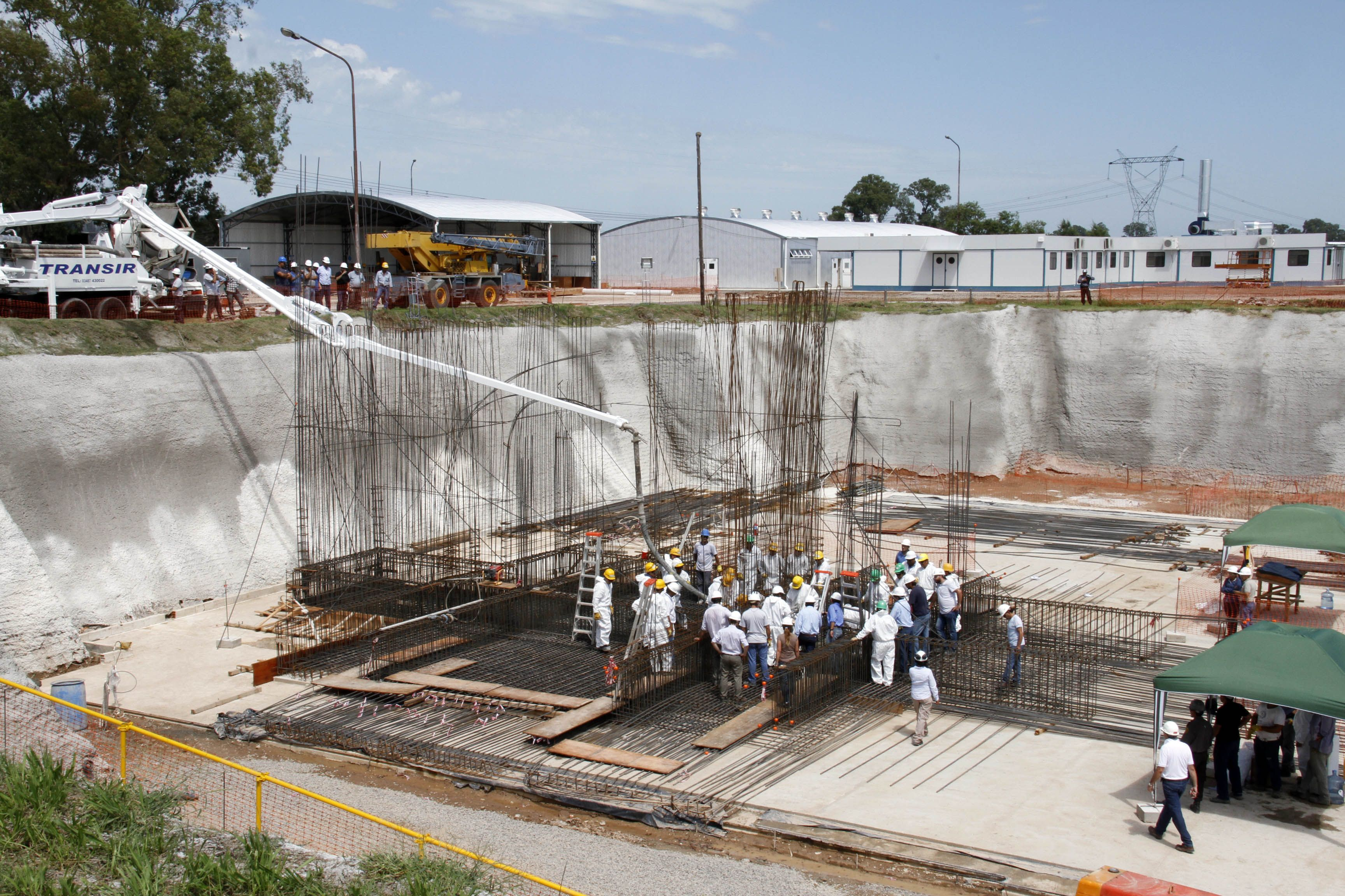 Comenzó la construcción del primer reactor nuclear íntegramente nacional