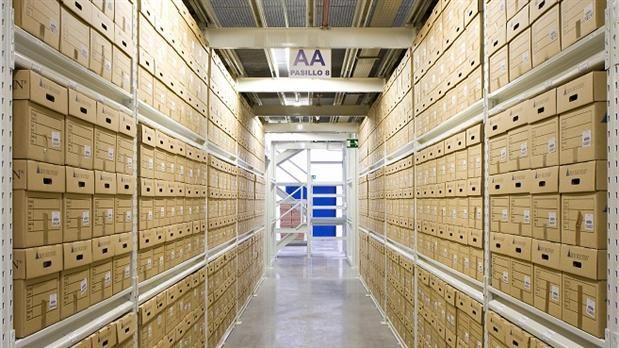 CFK ordenó a la CNV que informe sobre documentos guardados en el depósito