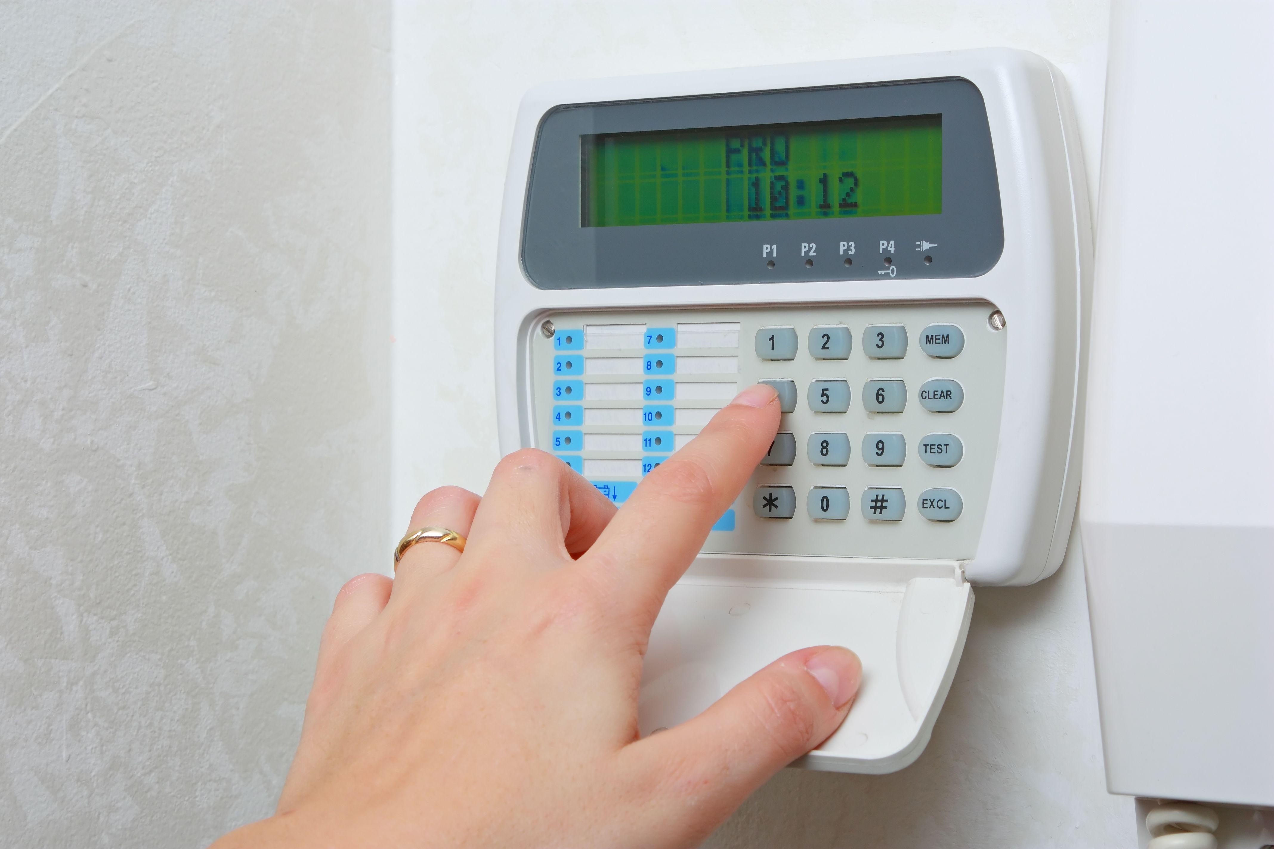 Cu nto cuesta instalar un sistema inteligente de alarmas for Cuanto cuesta contratar una alarma