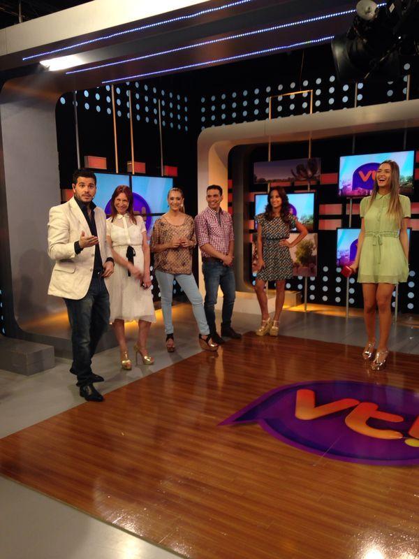 Todas las fotos del back de Viva la tarde en C5N