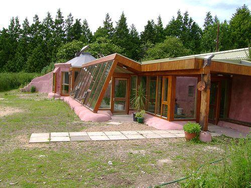Cómo es la primera casa autosostenible que se edifica en la Argentina