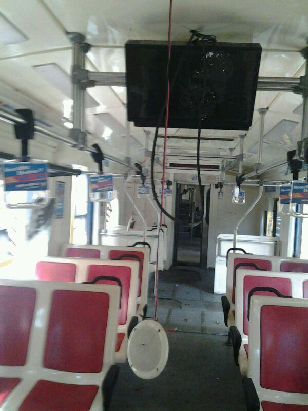 Así quedó el tren Sarmiento atacado por hinchas de Boca