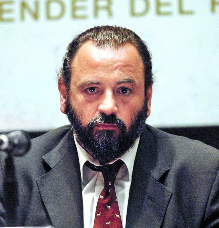 Suspendieron al fiscal Campagnoli tras el pedido de Gils Carbó