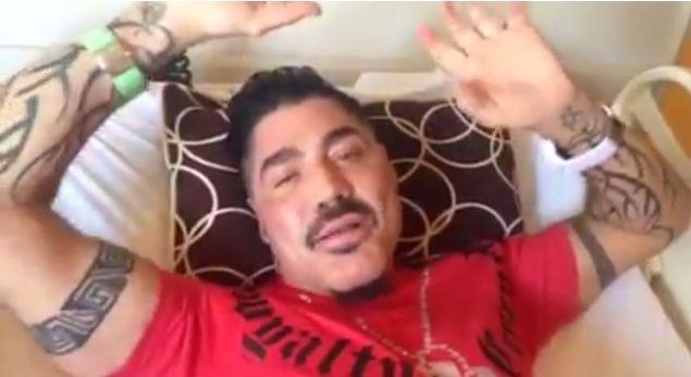 Polémica por la foto de Ricardo Fort muerto en un ataúd