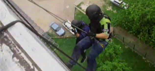 Cinematográfico allanamiento a un búnker narco en Villa Soldati