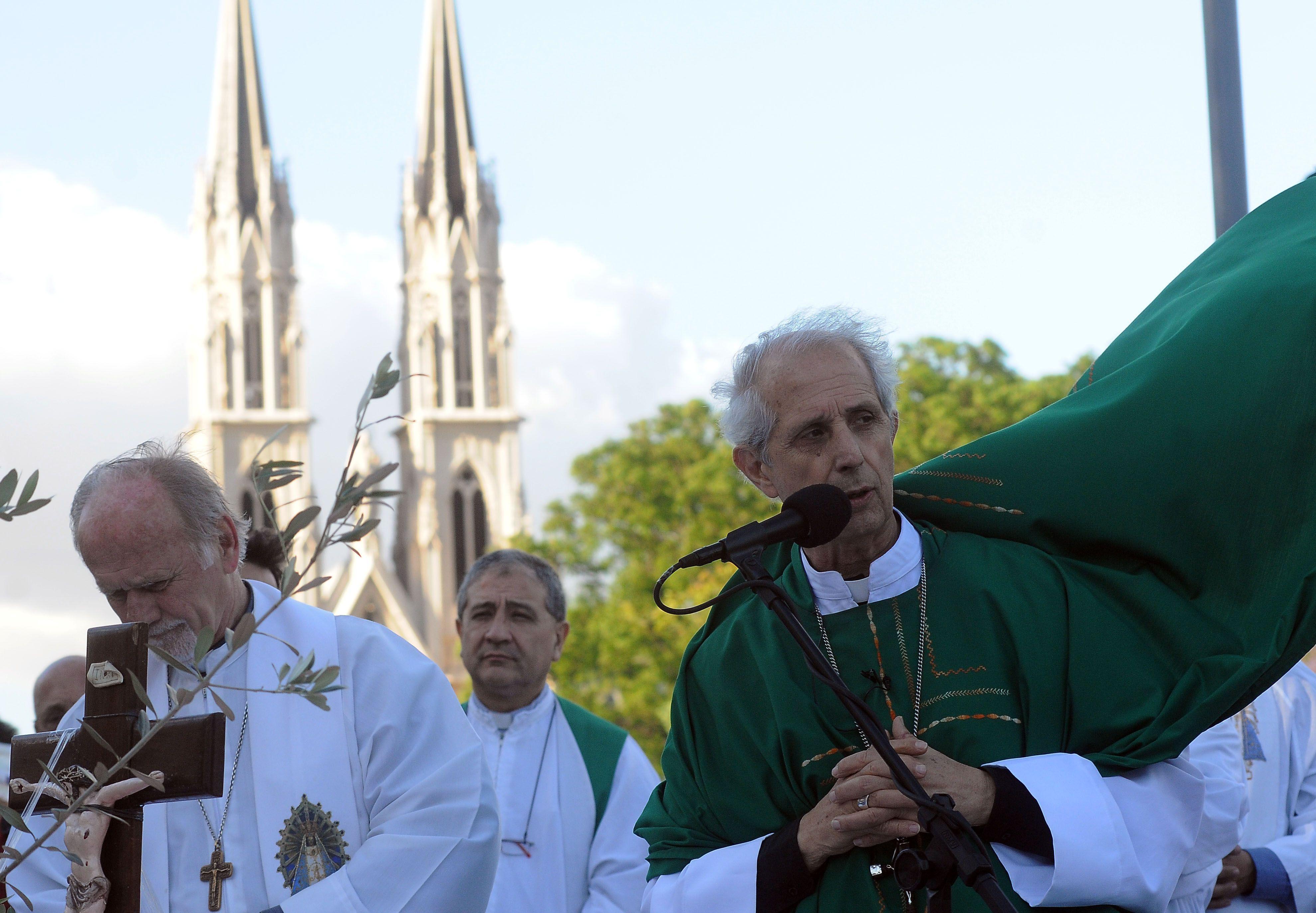 El arzobispado porteño, a cargo de Mario Poli, pidió a los mayores de 65 años que no vayan a la iglesia