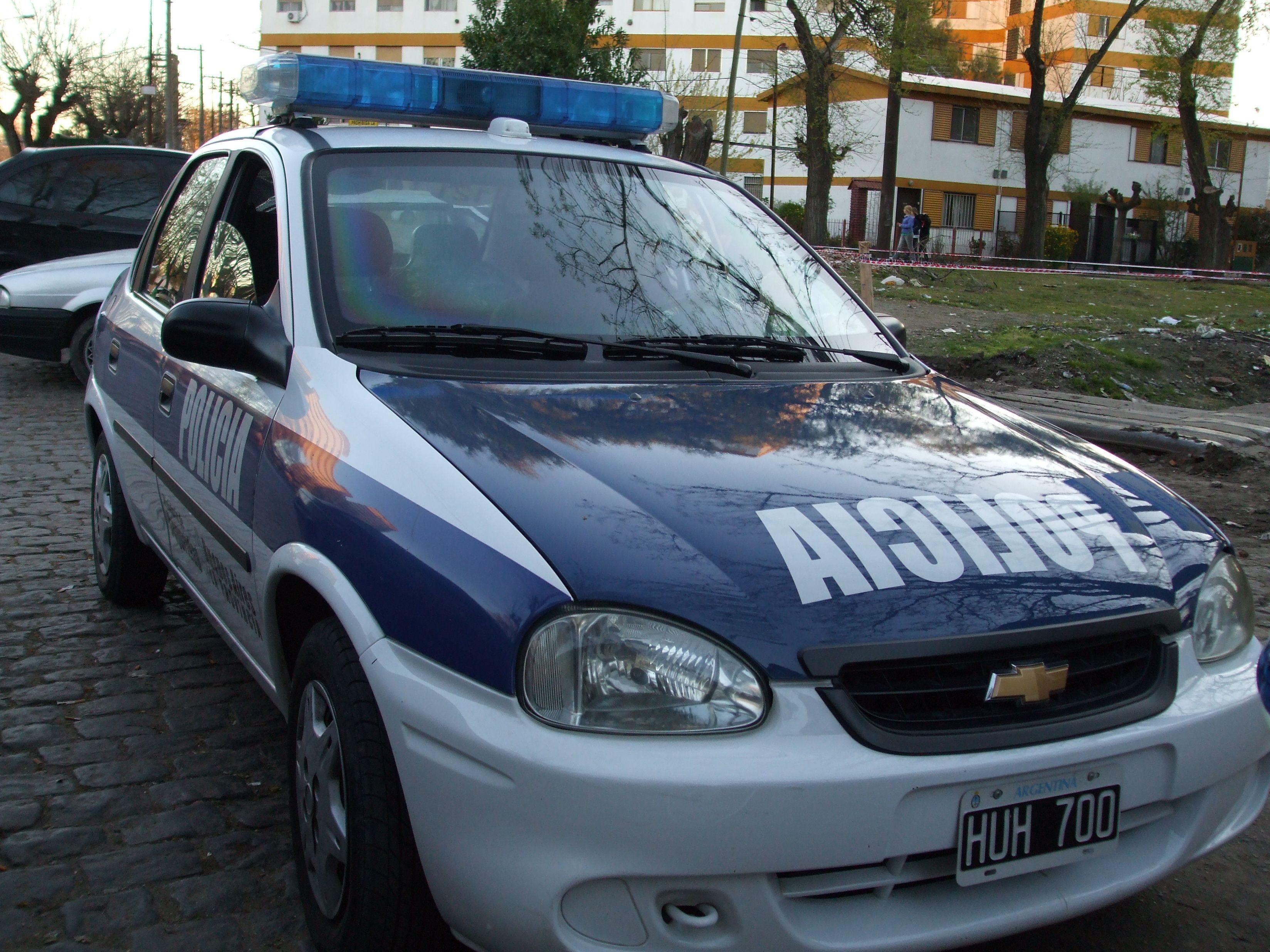 Matan a policía que intentó impedir el robo a un supermercado en Lomas